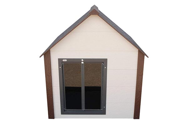 Climate Master Plus Insulated Dog House w Door